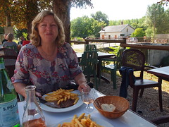Lunch by the canal