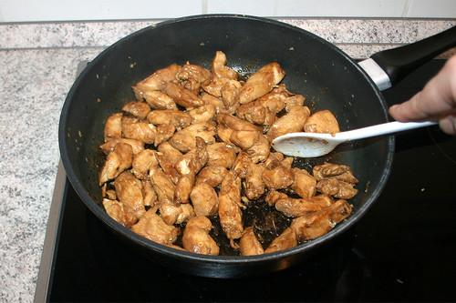32 - Fleisch anbraten / Fry chicken