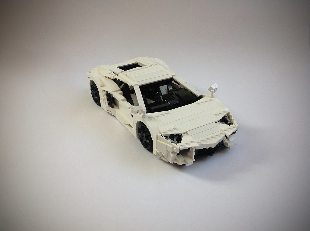 LEGO Lamborghini Aventador LP 700-4