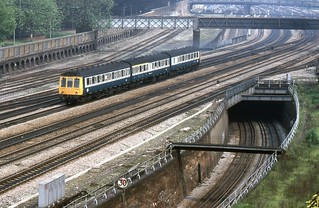 BR Class 117 DMU, Westbourne Park.