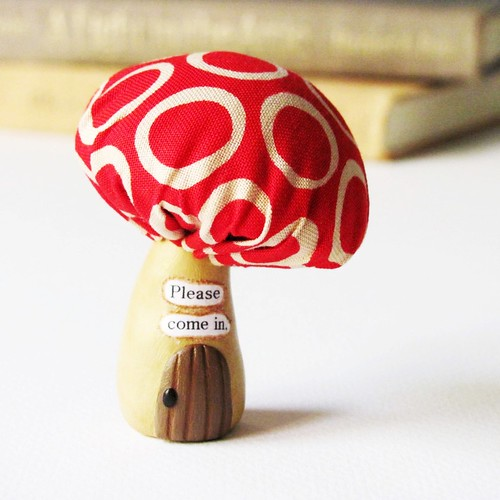 Miniature Woodland Mushroom House