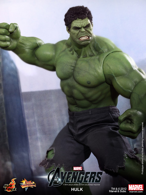 Hot Toys - The Avengers - Hulk Limited Edition Collectible Figurine_PR6