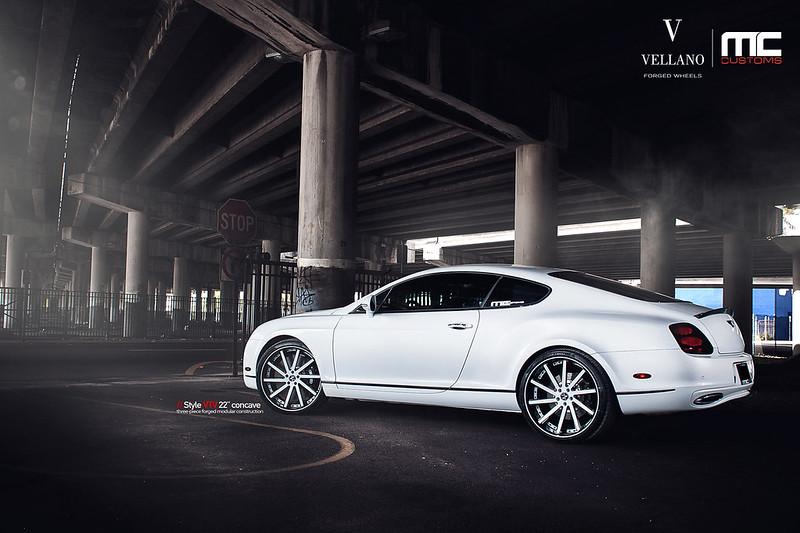 Bentley_continental_supersports_vtvC_newcap_04