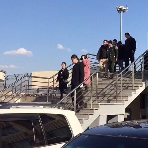 GDYBRI Arrival Hanbin 2015-03-21 Weibo Miss_spectrum  036