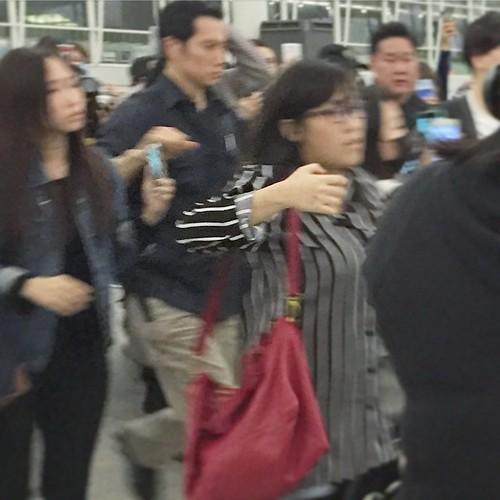 TOP - Hong Kong Airport - 15mar2015 - w_kancle - 03