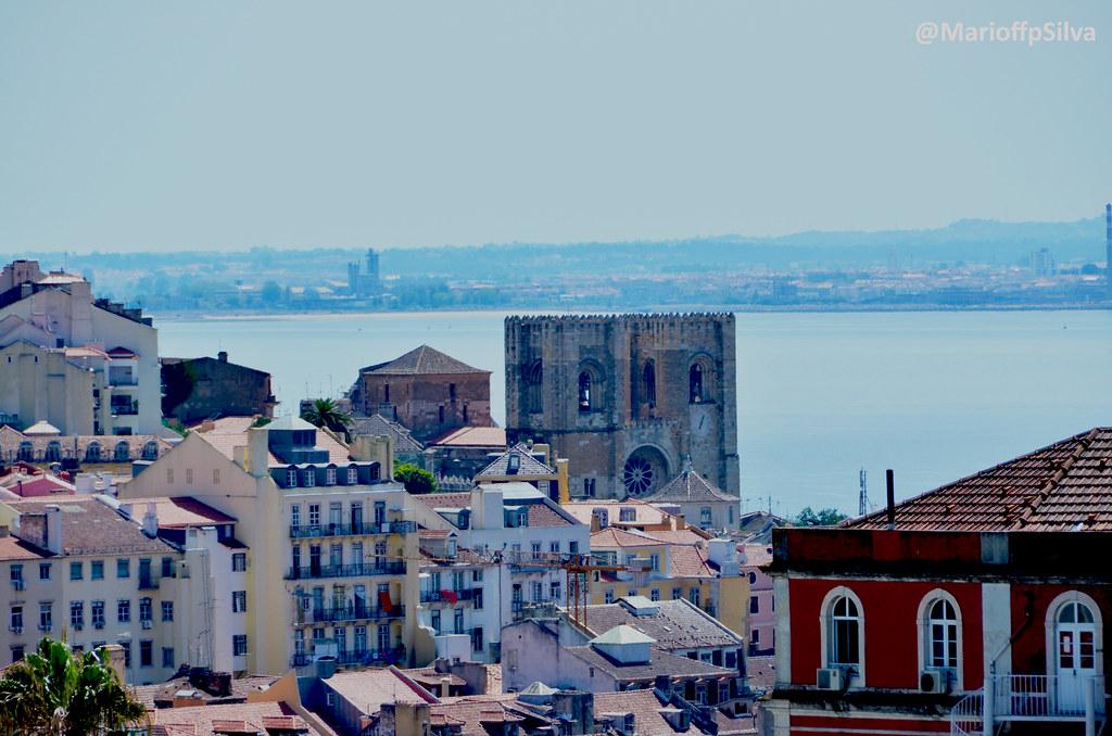 Sé Catedral de Lisboa e Rio Tejo