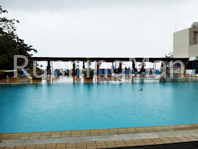 Copthorne Orchid Hotel Penang 07 - Swimming Pool And Pool Bar