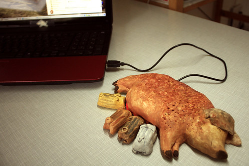 Piggy USB hub!