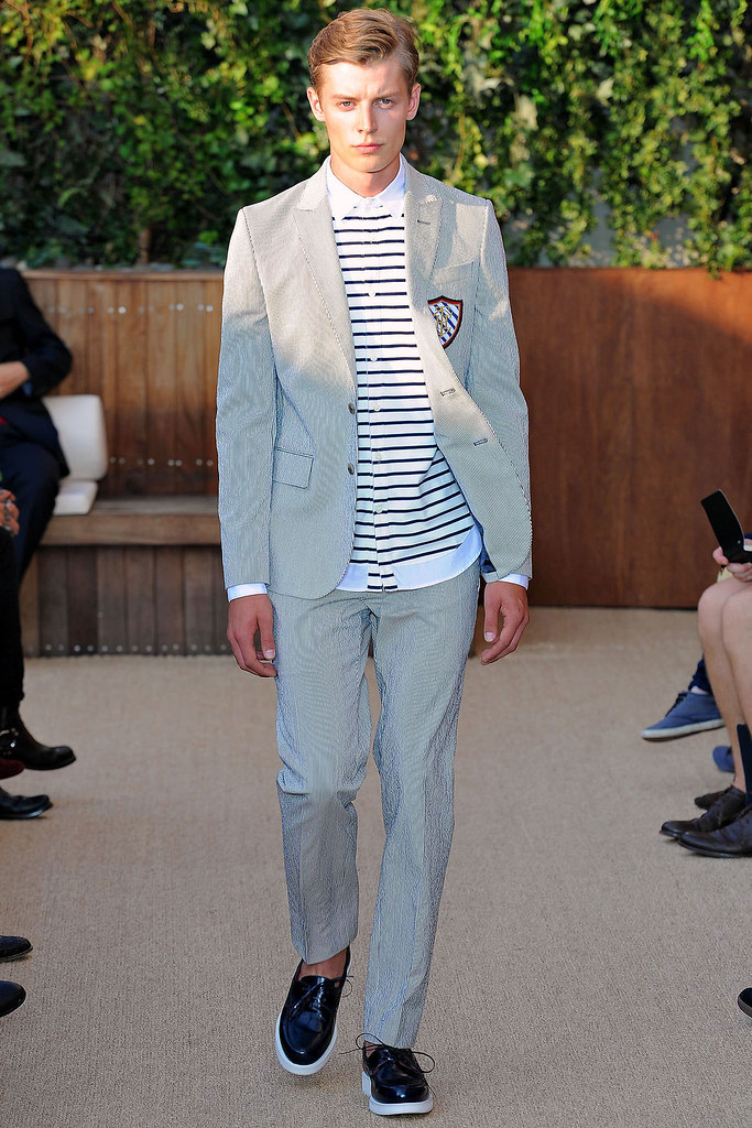 SS13 NY Tommy Hilfiger001_Janis Ancens(VOGUE)