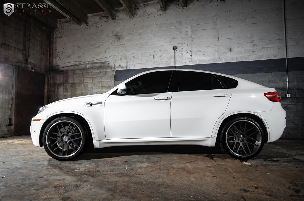 Strasse Forged Bmw X6m On Sm7 Deep Concave Wheels