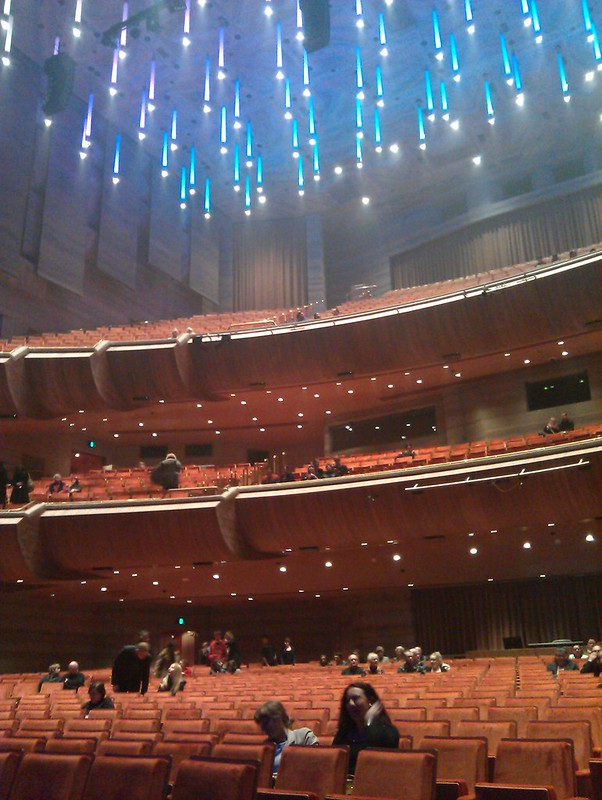 Hamer Hall starts to fill up