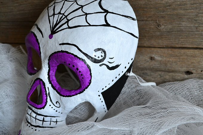 Halloween Skeleton Mask Tutorial