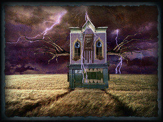 'LIGHTNING TREE (HOUSE!) {with hodden Ethyl, Hidden Fiend & 2 of my eyes!}