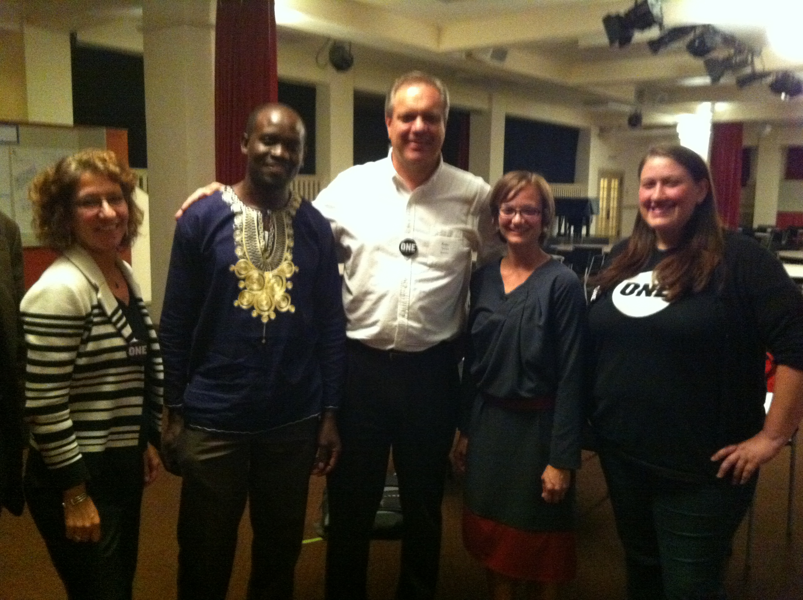 ONE members with Roger Thurow, Mary Kay Gugerty, Stephanie Hanson and Tony Machacha