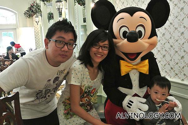 Family photo with Mickey
