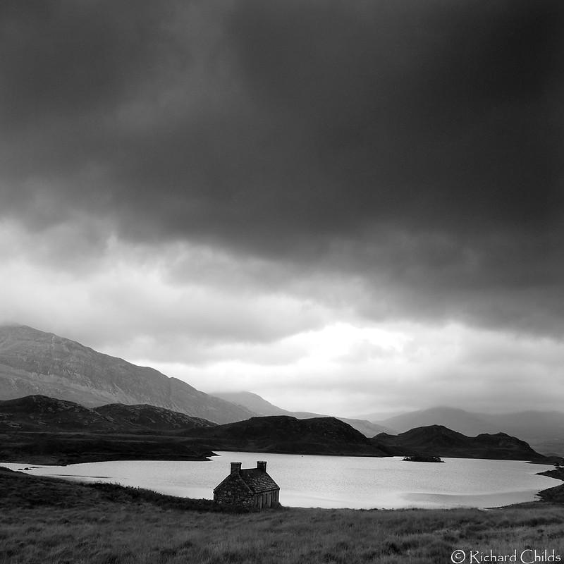 Solitary. Loch Stack