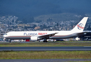 166am - Florida West Airlines Boeing 767-300F; N316LA@UIO;26.02.2002