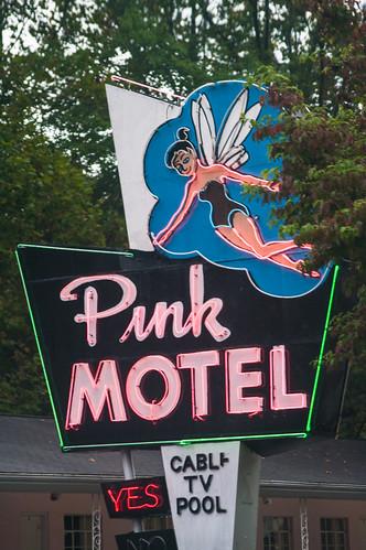 Pink Motel, Cherokee