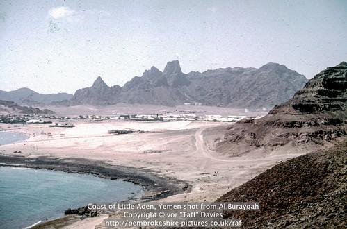 landscape scenery 1966 1967 yemen 1960s 1965 aden publish scannedslide onflickr ghadir gulfofaden arabianpeninsula littleaden adenharbour voigtländervitoc mapped130626 bureikabays alburayqah bandarshaykh