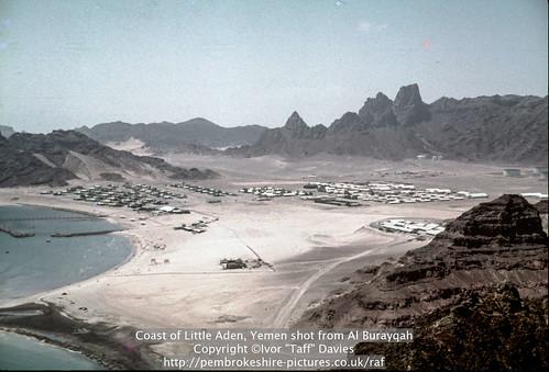 landscape scenery 1966 1967 yemen 1960s 1965 aden scannedslide onflickr ghadir gulfofaden arabianpeninsula littleaden adenharbour voigtländervitoc mapped130626 bureikabays alburayqah bandarshaykh