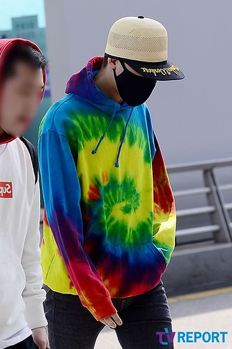 GD Incheon Airport Seoul on the way to LA 18 04 2014 (2)