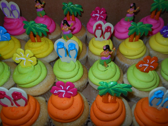 Luau Cupcakes Flickr Photo Sharing