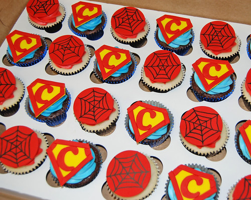super hero birthday cupcakes