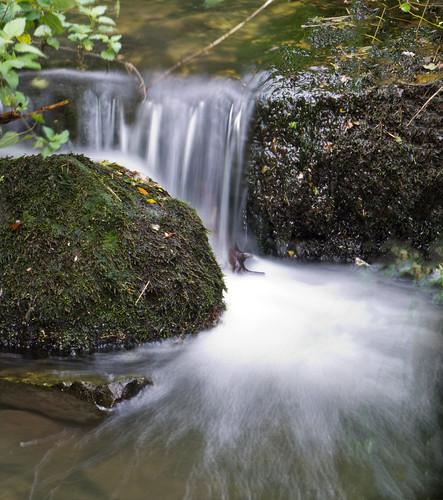 longexposure water cresswellcrags 2secondexposurerock