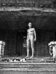 Me--At the Abandoned Topeka State Hospital--3
