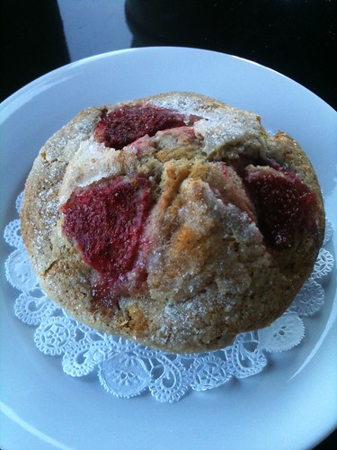 Strawberry-Buttermilk Muffin