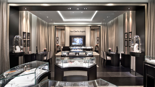 Starhill Boutique _Interior2.jpg