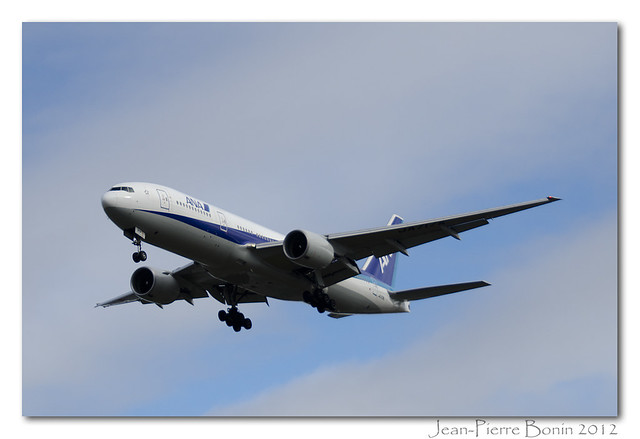 Planespotting @ CYUL 1 oct 2012