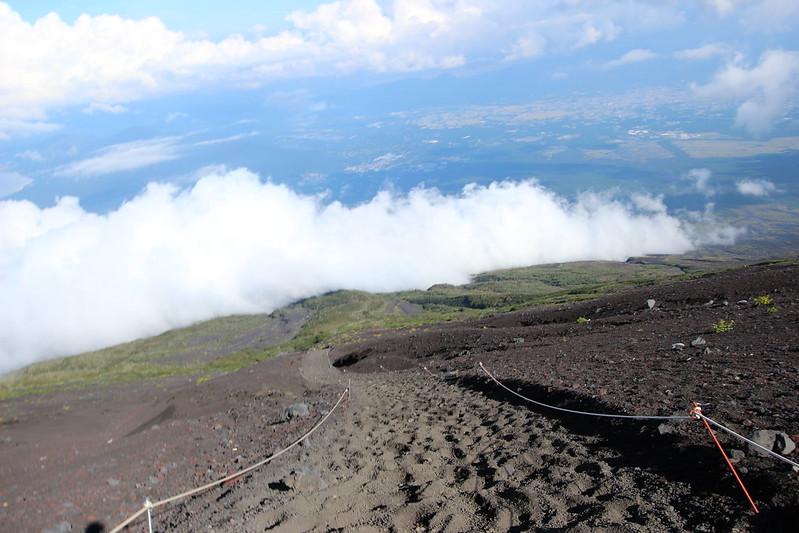 富士登山 下山 砂走り その2