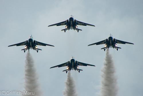Blue-impulse in Komatsu 2012