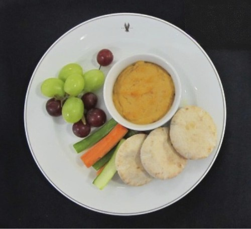 Roasted Red Pepper Hummus and Crudit