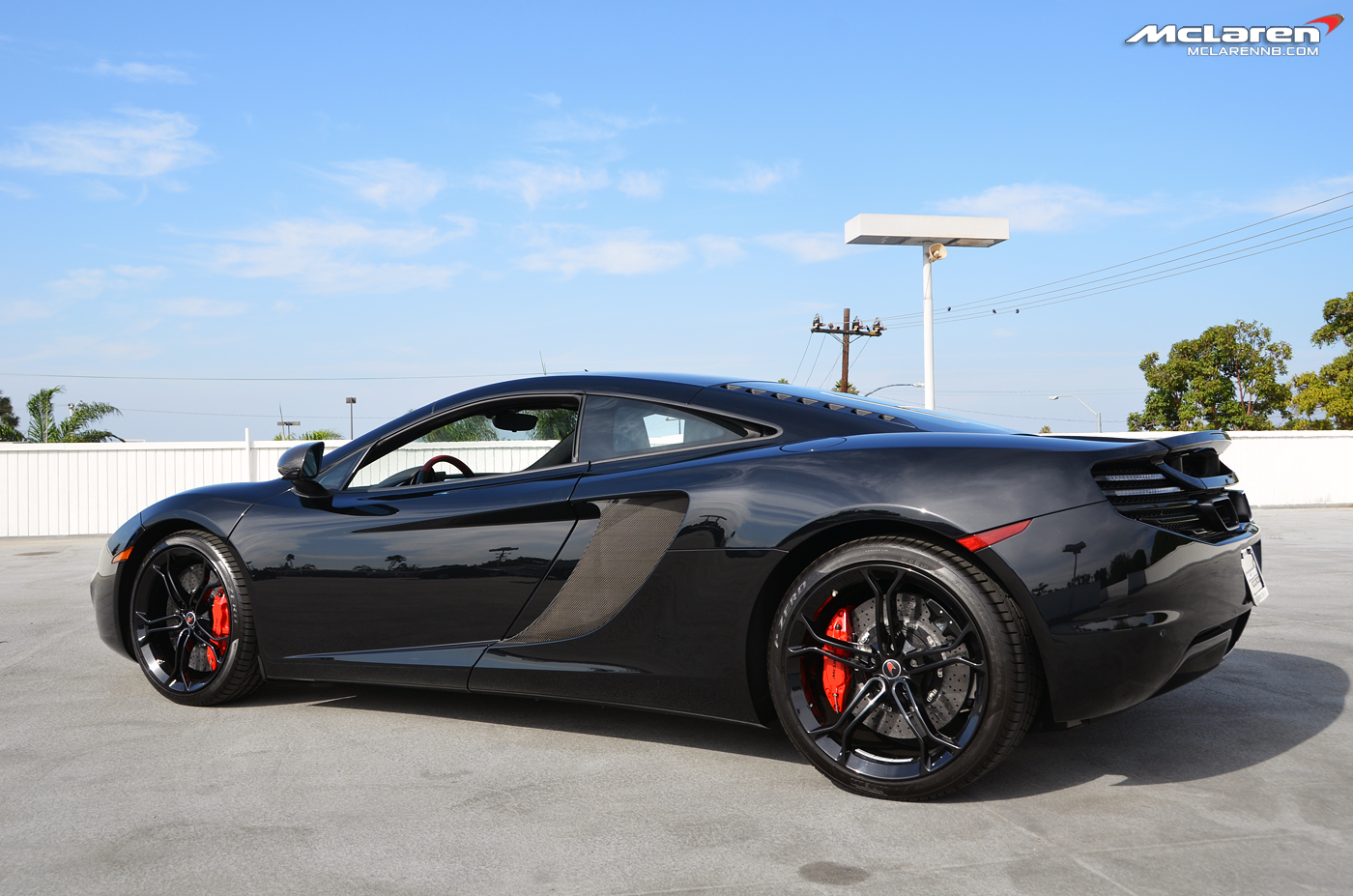 :: SINISTER :: MP4 12C Coupe W/Red Accents   McLaren Life