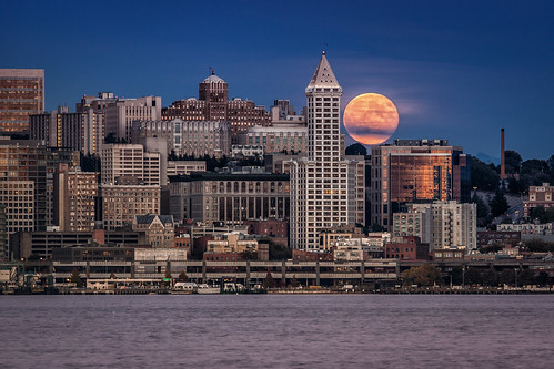 Harvest Moon Rising over Seattle