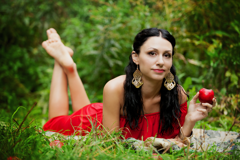 Фотосессия девушки в парке