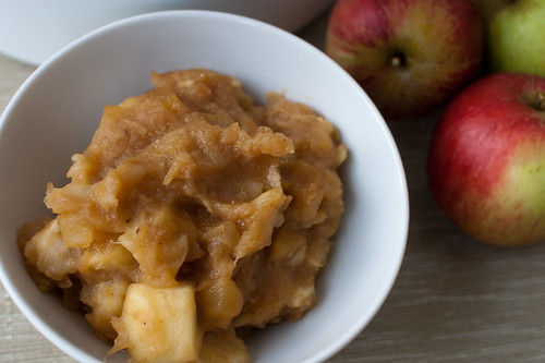 Stewed apples for apple pie ice cream