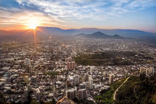 chile city santiago sunset pordosol sky sun canon landscape sunrays citylandscape hdr t3i 600d raiossolares cerrosancristoban santiagometropolitanregion