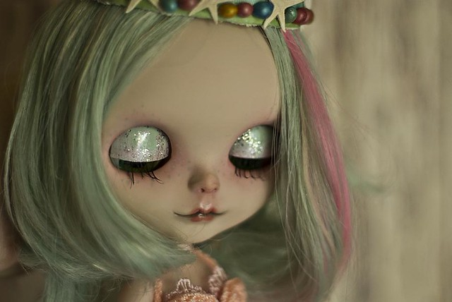 Cora's Eyelids