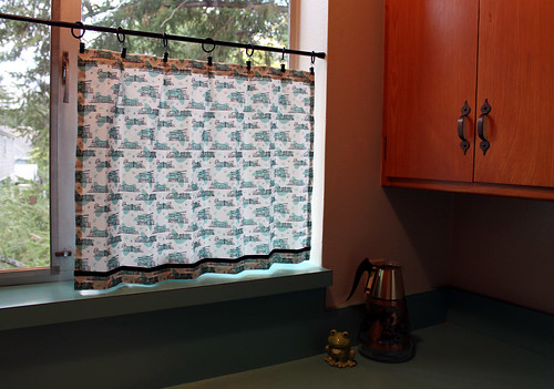 Retro Kitchen Cafe Curtains