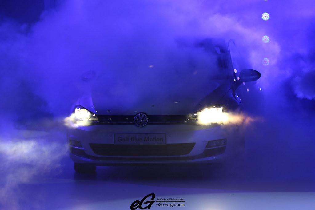 8030379392 9bf50abc61 b 2012 Paris Motor Show