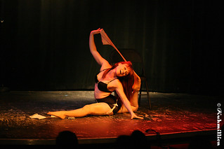 Aerialist and performer Bethany Summersizzle