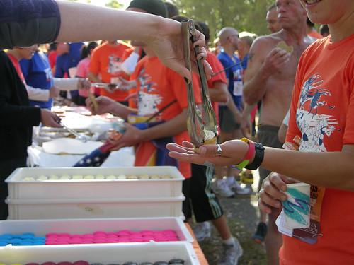 2012 Big Gay Race cupcake drop
