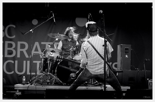 Calgary 2012 - CBC Concert - The Dudes3 by Wanderfull1