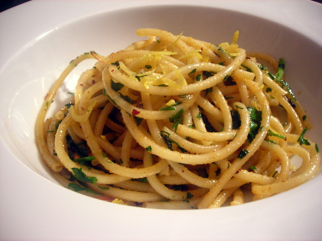 Bucatini con la bottarga
