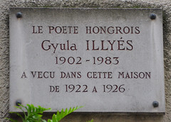 Photo of Gyula Illyés grey plaque