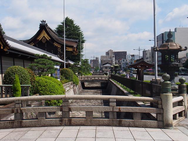 西本願寺-七条堀川上的小橋