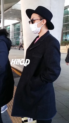 G-Dragon - Incheon Airport - 28jan2015 - Hi GD - 03